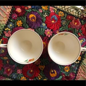 Vintage Kitchen - Set of 2 bone China Floral Tea cups